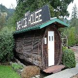 """One Log House"" in California, USA"