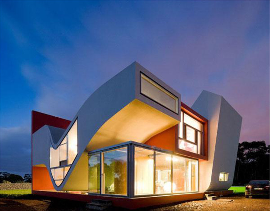 Crazy Shaped Modern House | Dream Homes | Mortgage Calculator